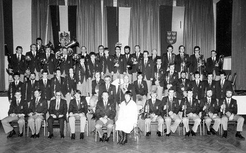 Der Verein 1977 in euer Uniform